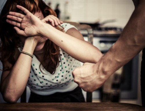Maltrattanti e maltrattati : genitori e figli, vittime di traumi che si ripetono